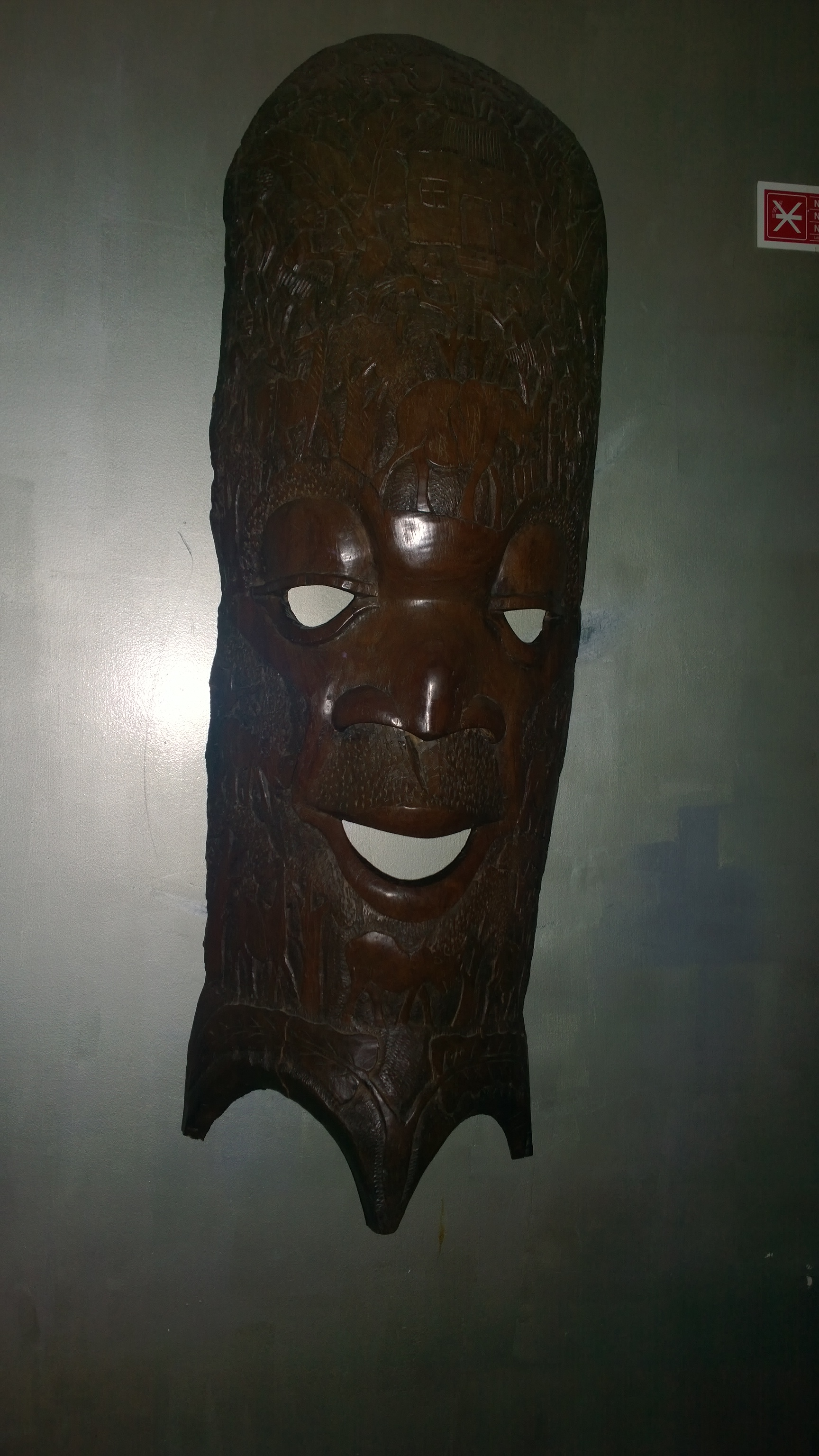 10_African mask