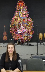 Presenting my work in the main venue Sala Che Guevara under the patronage of Yemaya and not far from music instruments!