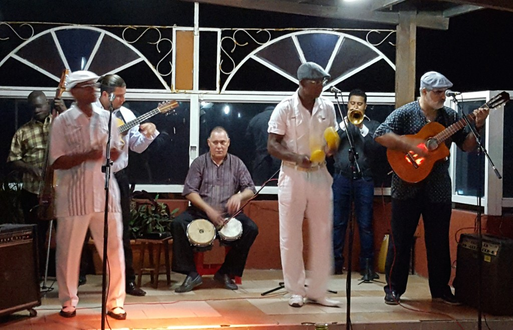 Septeto Nacional Ignacio Piñeiro playing en vivo!
