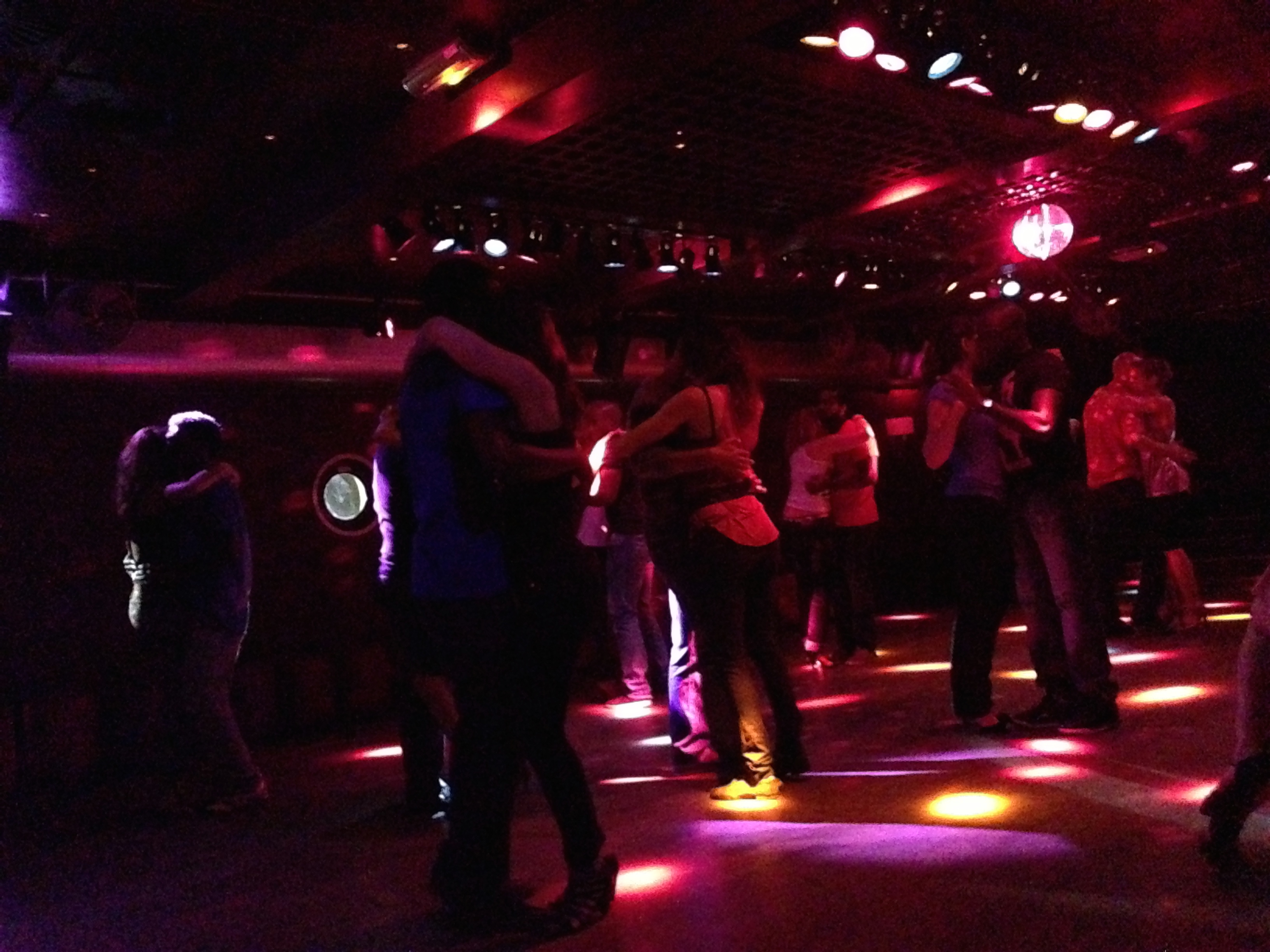 kizomba on the boat 'Nix Nox', Seine, Paris