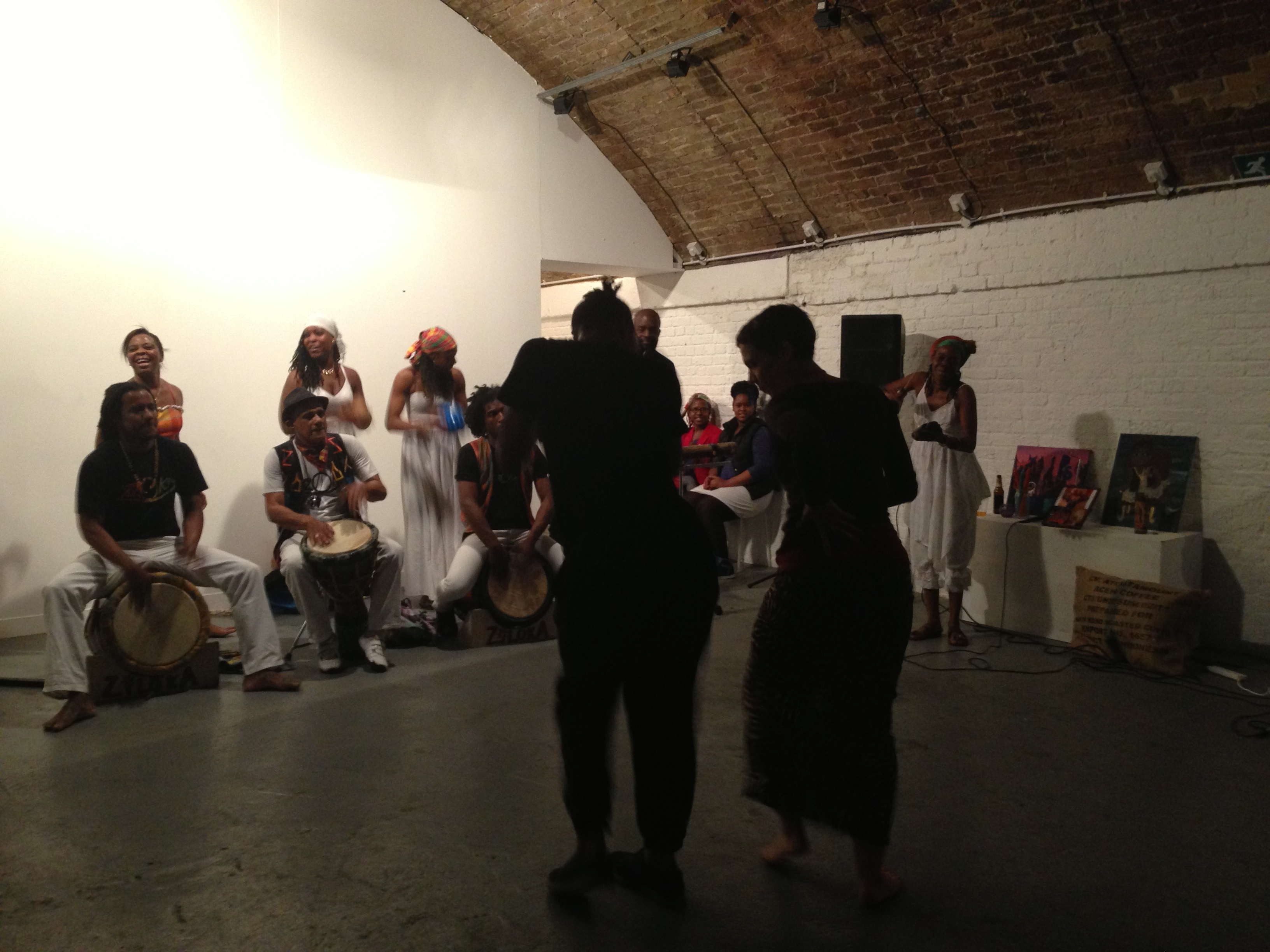 Zil'oKA at the Hoxton Arches. Photo by Ananya Jahanara Kabir
